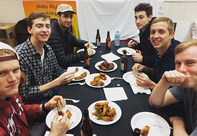 Quick wing sampling. Hit us up if you're tryna bless your mouths too  #ignorethebackground #nopeanuts #notglutenfree