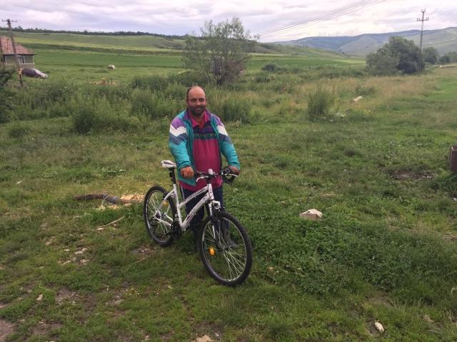 big_adrian_bicicleta_hhc.jpg
