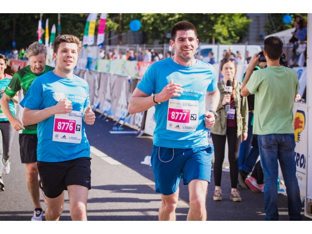 16-05-17-11-57-18big_dragos_bucurenci_emi_gal_semimaraton_foto_mihai_vasilescu_02.jpg