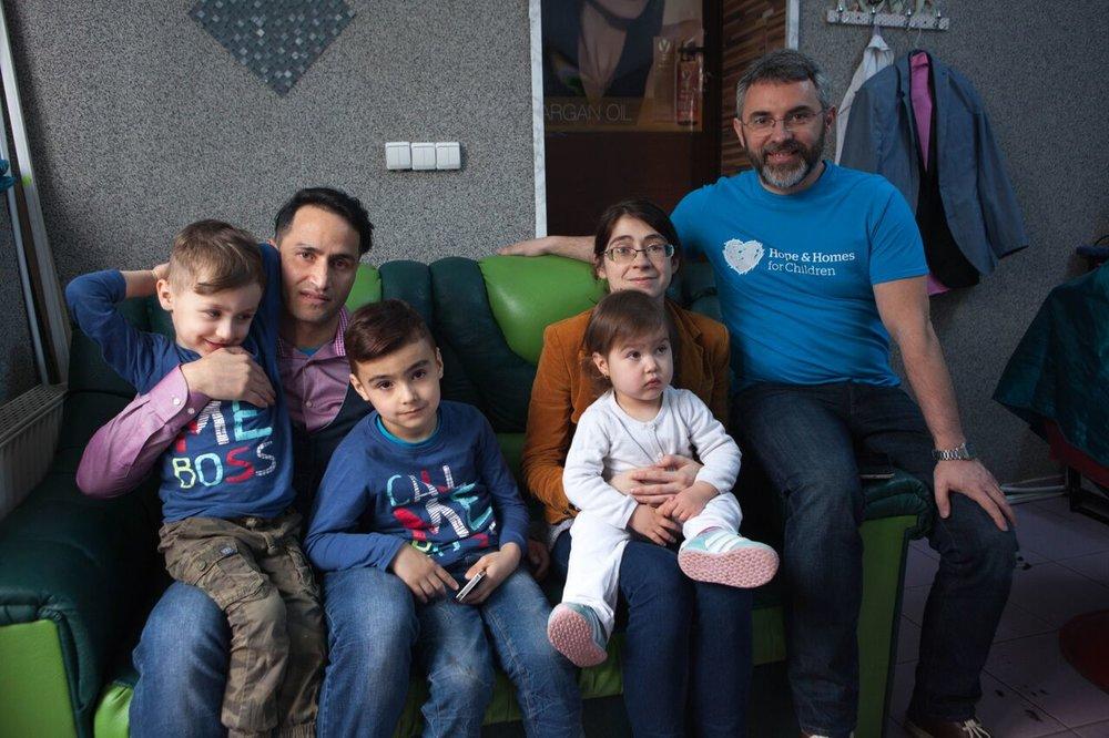 Familia Muscu si Radu HHC.jpeg