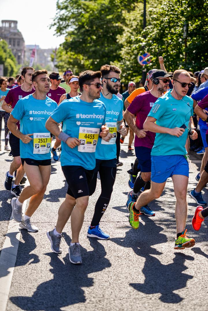 Alergatori Team Hope_Semimaratonul Bucuresti_05_Foto Radu Fugarescu.jpg