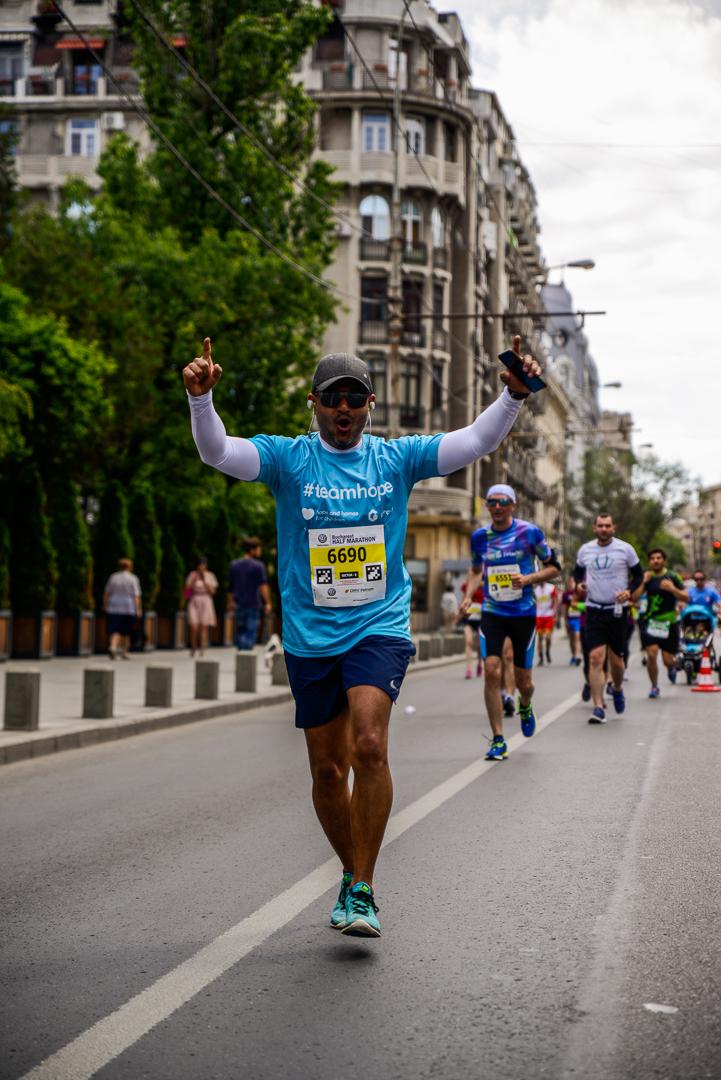 Shibu Nambiar_Genpact_Semimaratonul Bucuresti_Foto Radu Fugaresscu.jpg