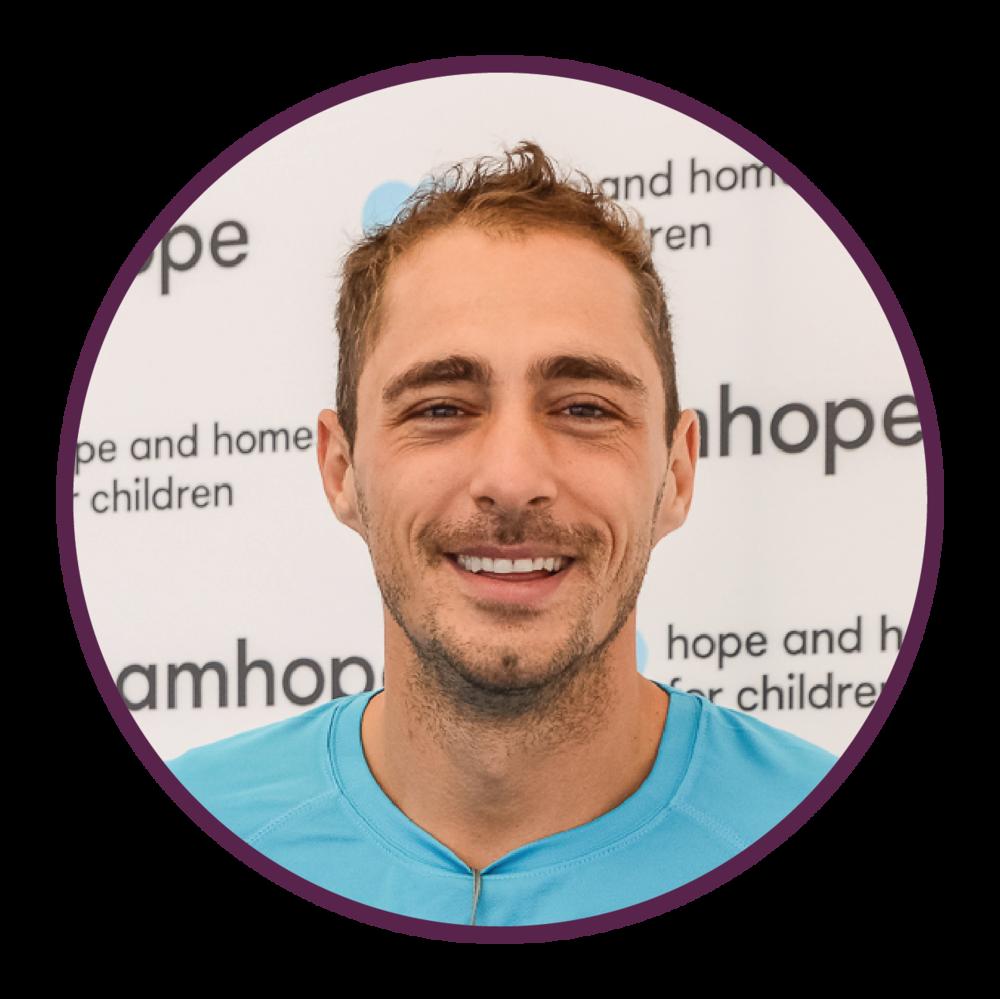 Ambasador Team Hope_Vladimir Drăghia.png