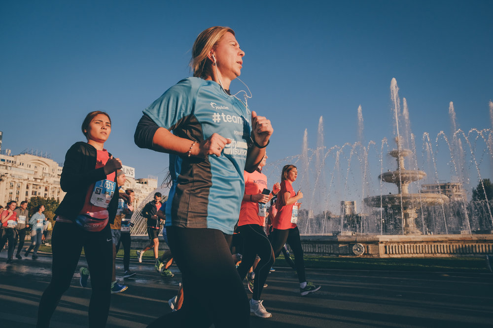 Alergători TeamHope_maraton_Răzvan Leucea3.jpg