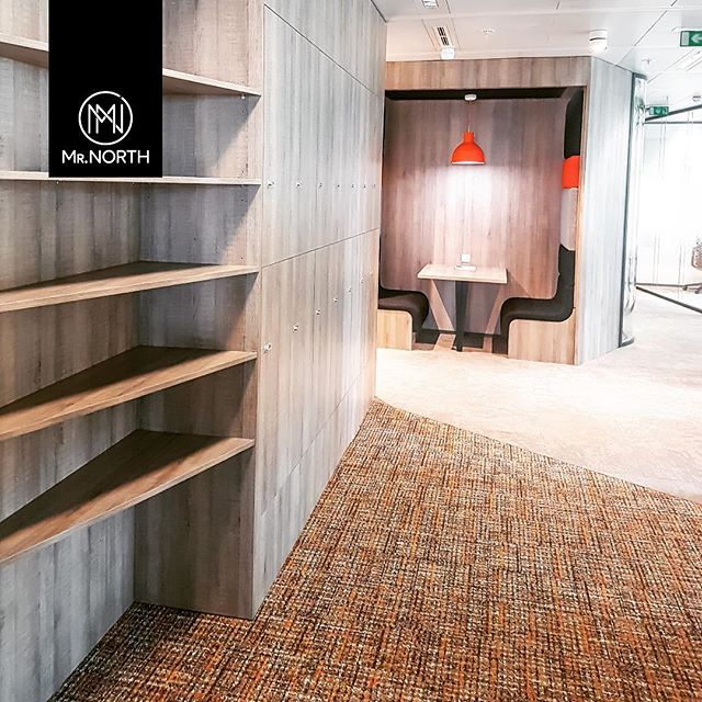 Details can be simple but are one of the most significant things when it comes to be part of your day-to-day place of work. . . #mrnorth #furniture #design #madeinportugal #officedecor #furnituredesign #instadecor  #detail #woodwork #wooddetails #wood #project #officefurniture #contract #paris