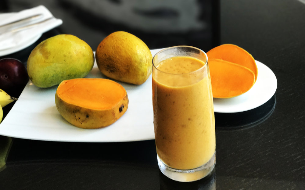 Mangoes copy.jpg