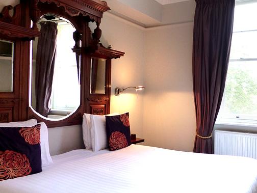 RoomPics_378px3.jpg