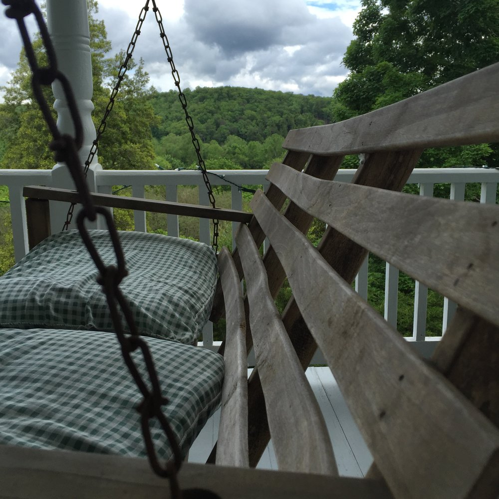 parkins porch swing.JPG