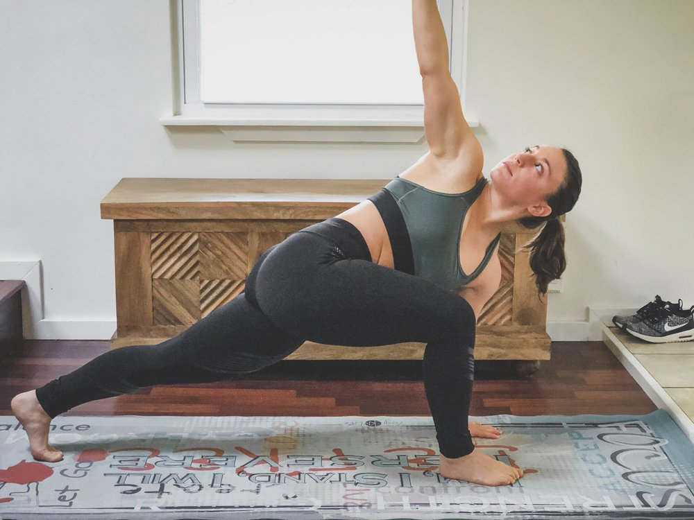 1. High Lunge with Spine Twist - AKA World's Greatest Stretch (WGS)- an essential stretch to help with posture related pain, especially for those who sit for long periods of time. This stretch helps open up the hips and promotes up body mobility at the same time.Hips, quads, upper back stretch