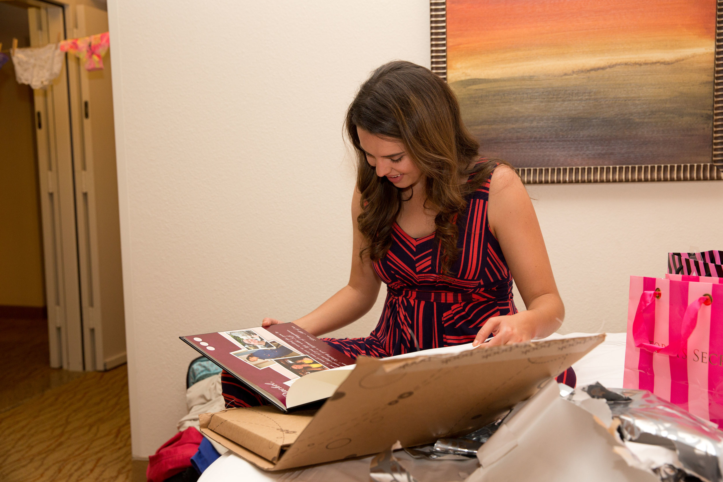 Lisa Hadley Studios | Bridal Yearbook
