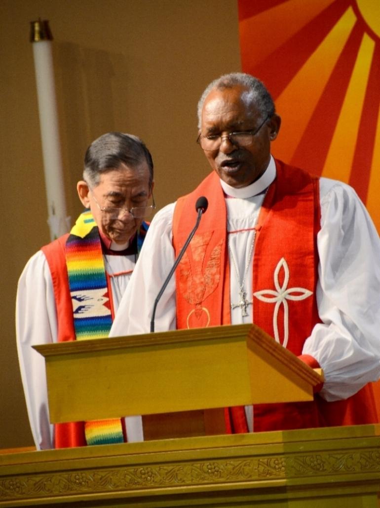 Retired Archbishops Yong (L) and Kolini (R)