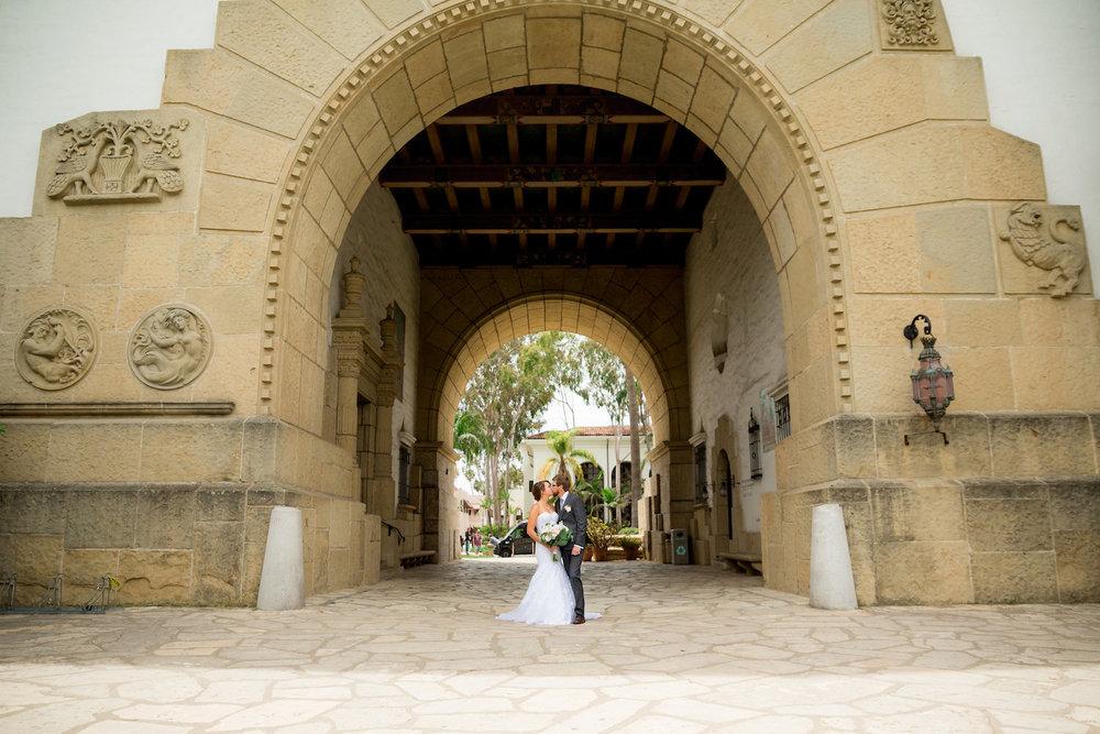Santa Barbara Courthouse - Main archway