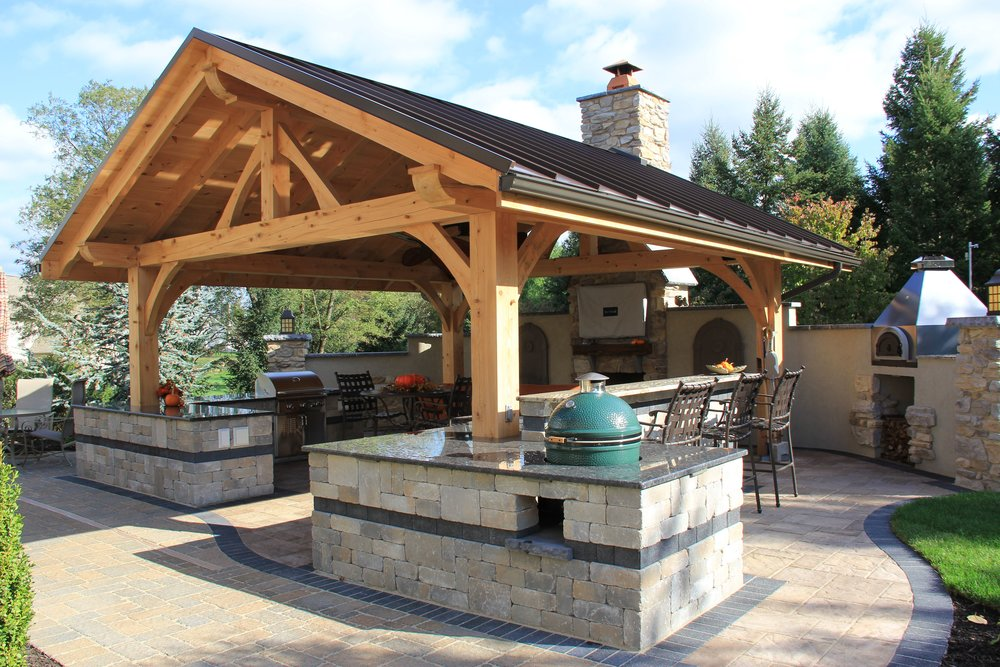 Essentials for Every Lower Paxton Outdoor Kitchen