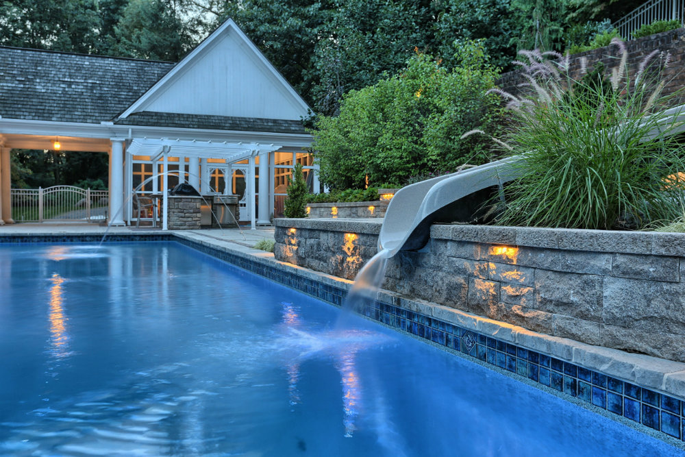 In-ground vs. Above-ground Pool for your Middleton, PA, Backyard