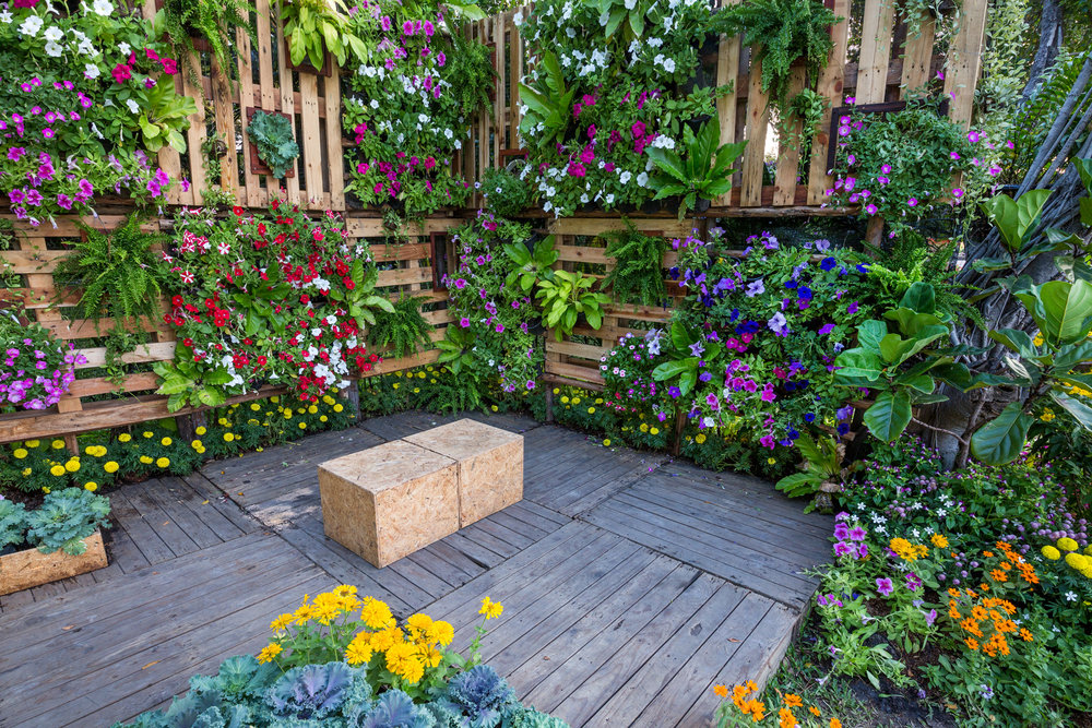 Four Tips for Outdoor Vertical Gardens to Enhance Your Derry, PA, Landscaping