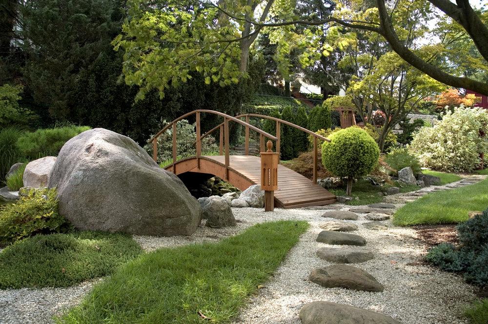 Top 4 Japanese Garden Tips from a Landscape Designer in Upper Allen, PA
