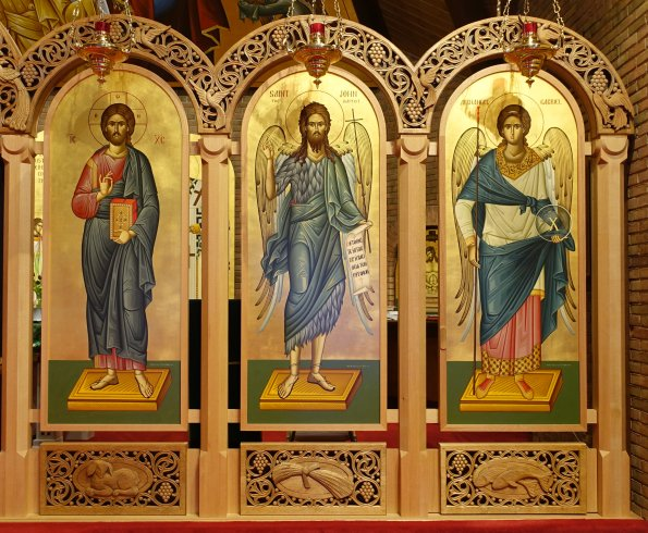 iconostasis right.jpg