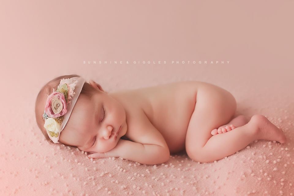 new-braunfels-newborn-photography.png