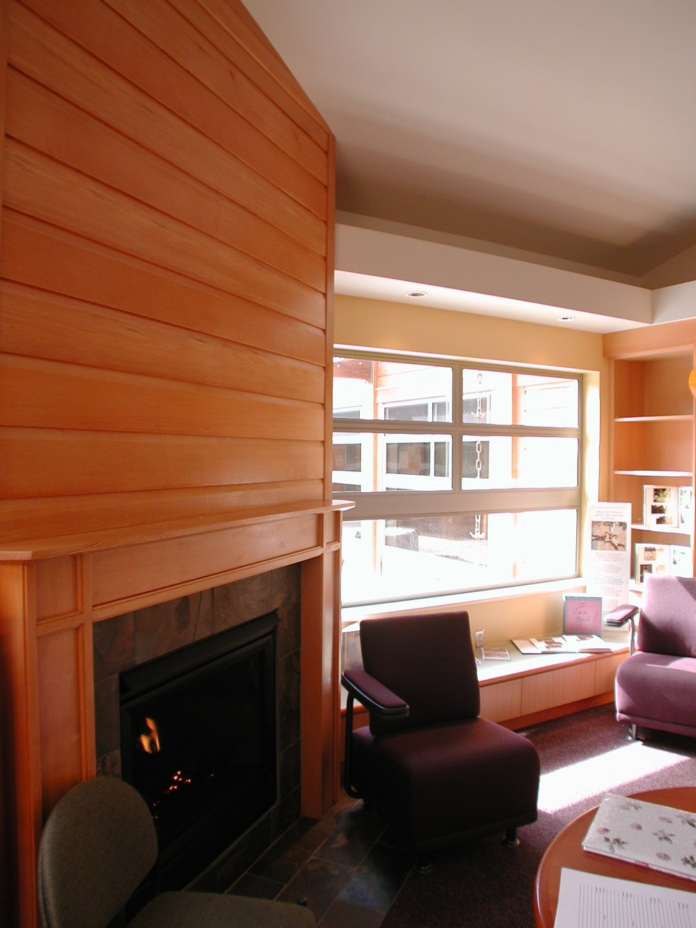 Highline_FamilyResource_Fireplace.jpg
