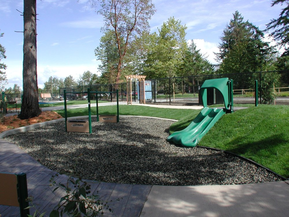 Highline_Berm_Slide_04.jpg