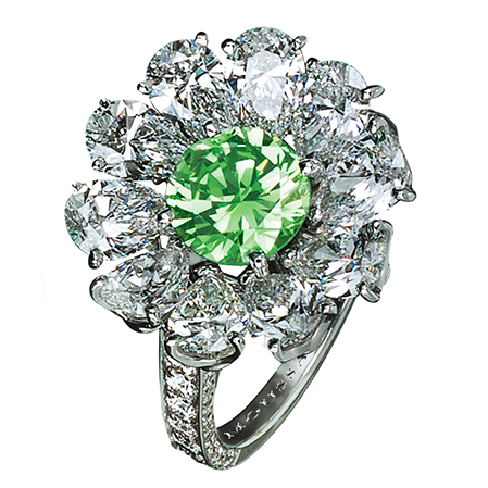 R12281 - Platinum ring with Natural Fancy Vivid Green diamond (1.17cts) and diamonds (3.84cts)..jpg