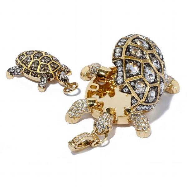 Annoushka turtle.jpg