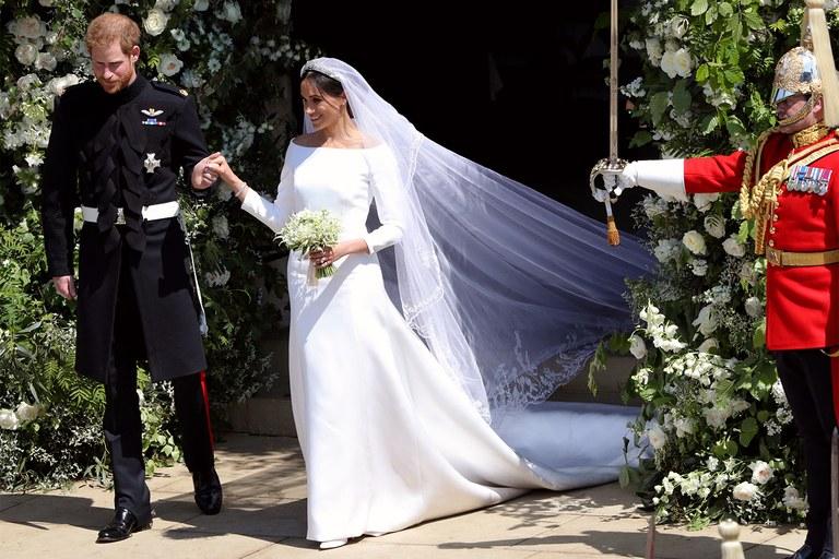 Prince-Harry-Meghan-Markle-Wedding-Dress.jpg