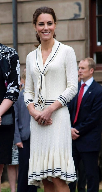 4 JULY 2011_ Catherine, Duchess of Cambridge attend a welcome ceremony at Province House on day 5 of the Royal Couple's North American Tour.jpg