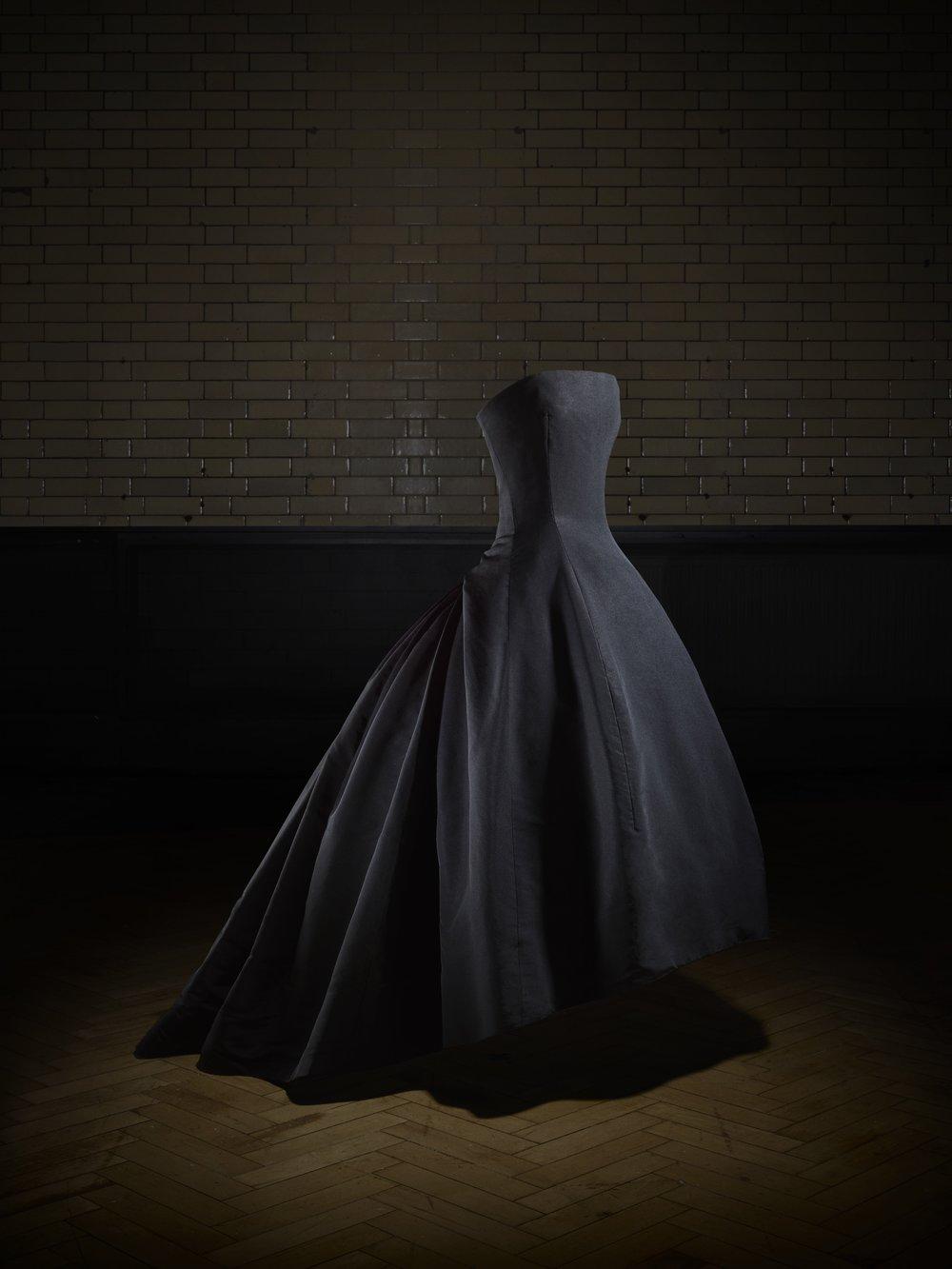 Soirée de décembre evening dress, Autumn-Winter 1954 Haute Couture collection, H line. Victoria and Albert Museum, London. Gift of Dame Margot Fonteyn. Photo © Laziz Hamani.jpg