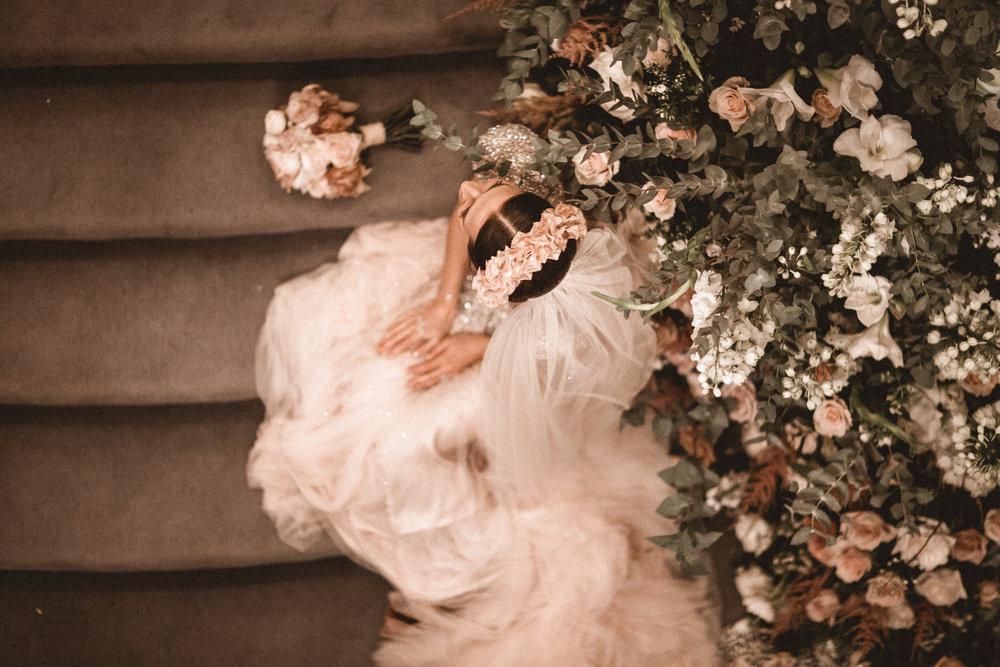 Emma_Simon_Wedding_Photography_Saville_Club-906.jpg