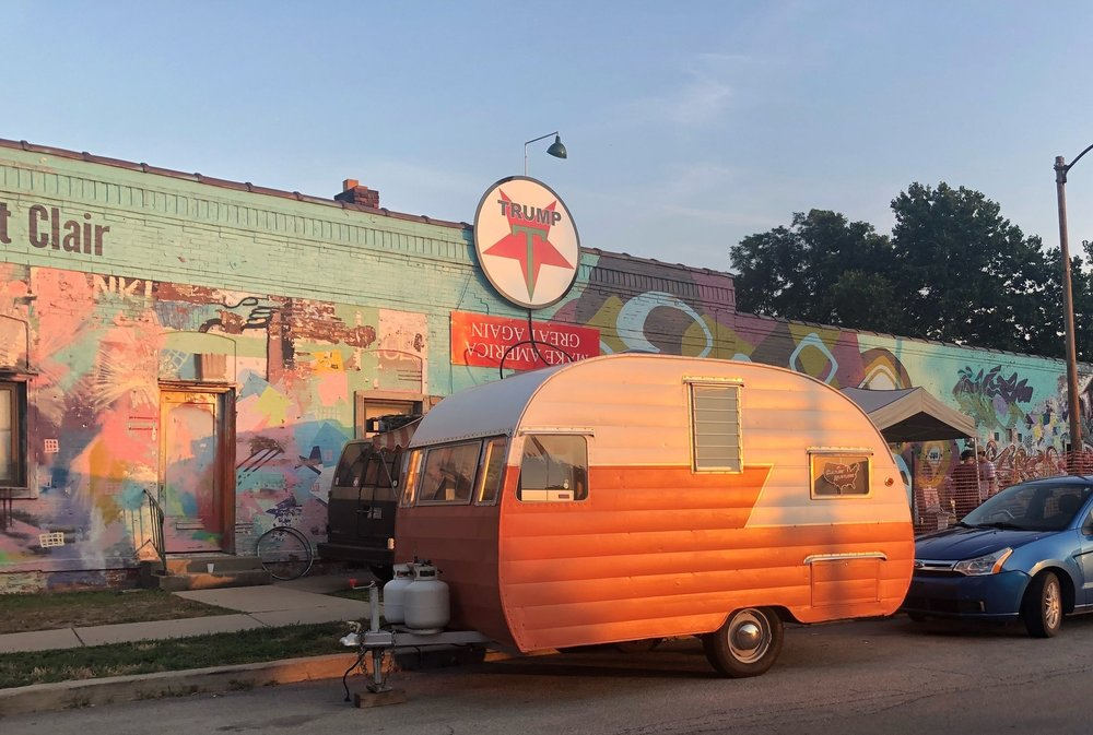BOZARTS F.A.R.M. - Toledo OH // August 4 - 6, 2018We made a pitstop in Toledo to catch the closing of Bozarts F.A.R.M., a longstanding alternative artist run space. We parks at the 72 hour art & music marathon and talked with artists and performers til 4 in the morning. Stay tuned for some dispatches and vids.
