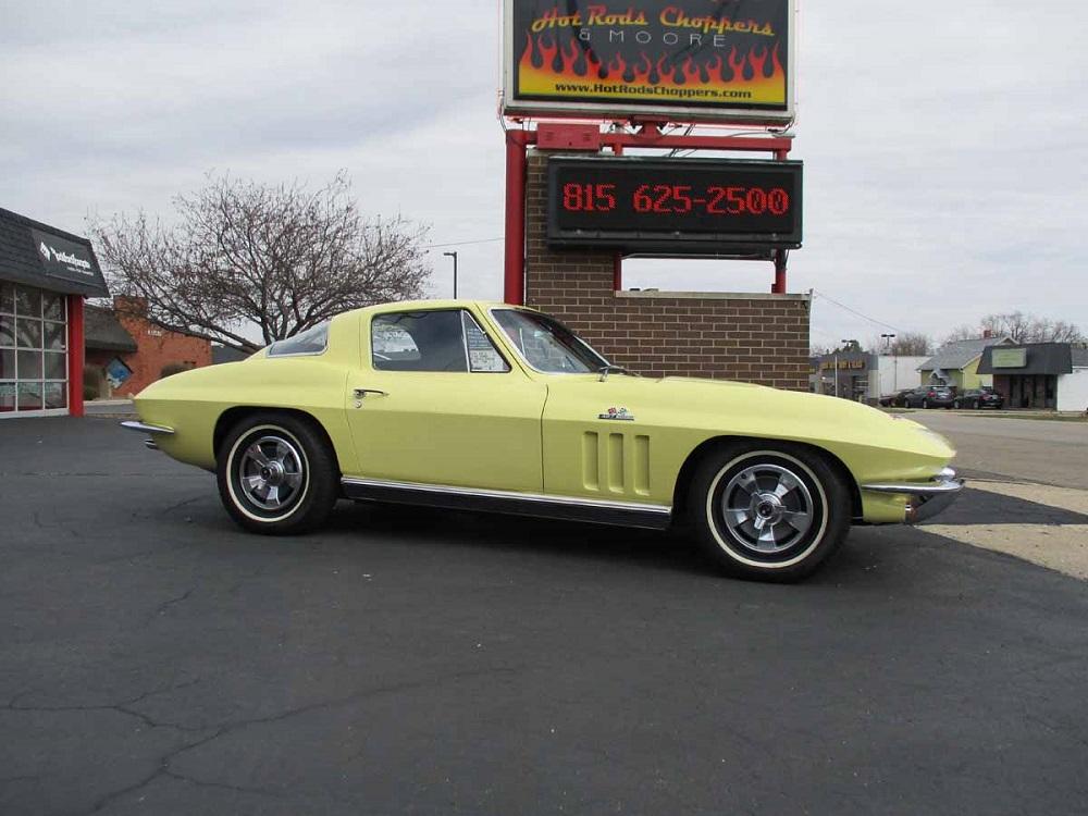66_corvette_06.jpg