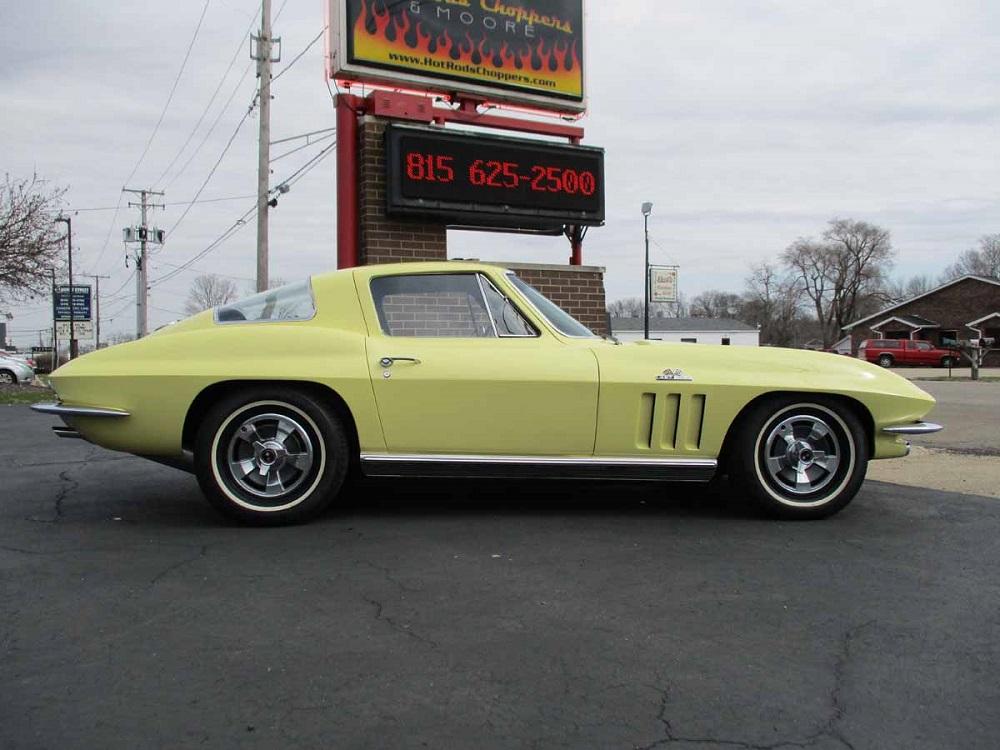 66_corvette_07.jpg