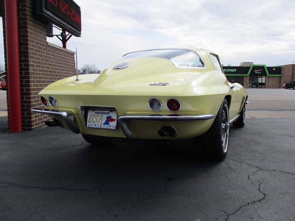 66_corvette_10.jpg