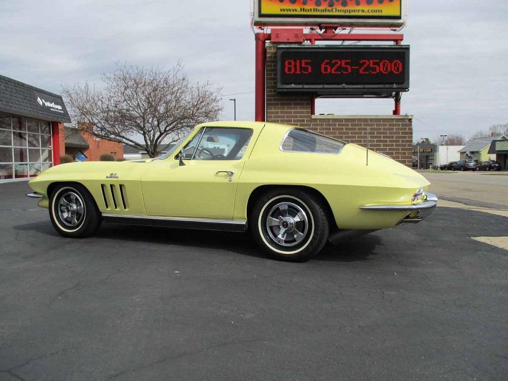 66_corvette_15.jpg