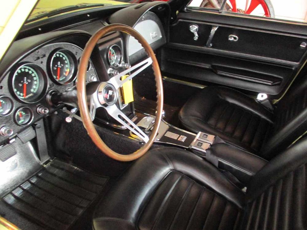 66_corvette_26.jpg