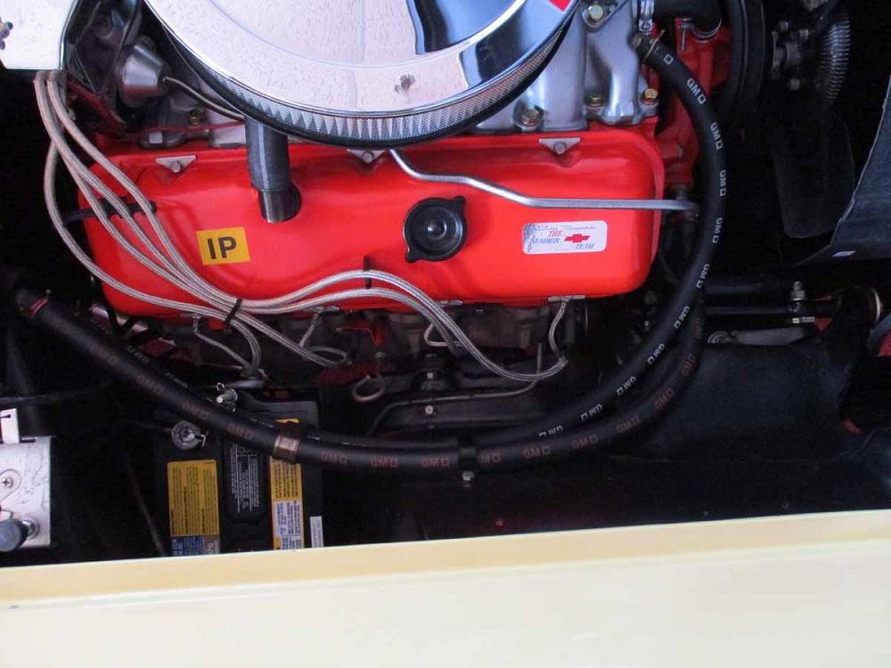66_corvette_40.jpg