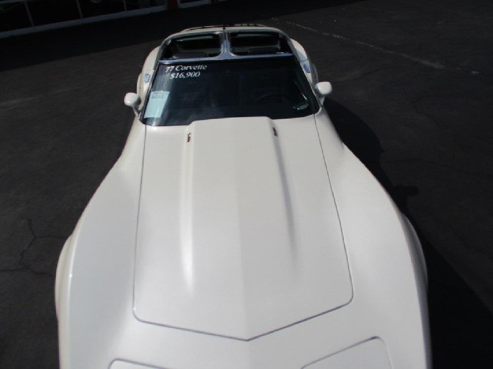 77 Corvette 003.JPG