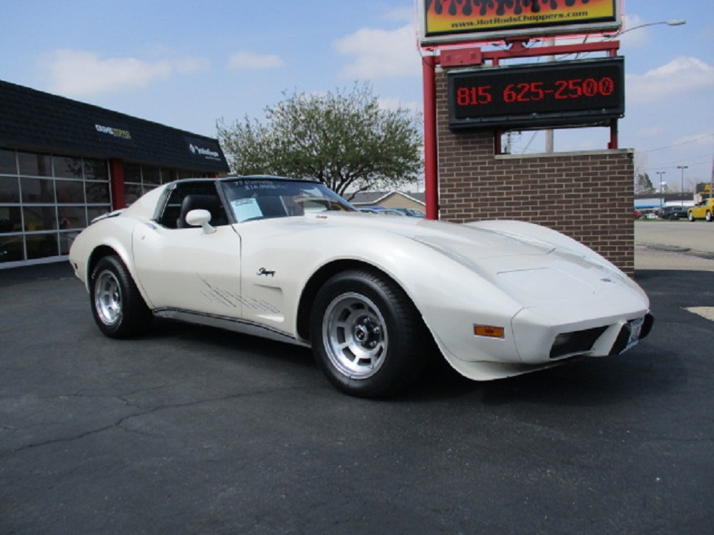 77 Corvette 006.JPG