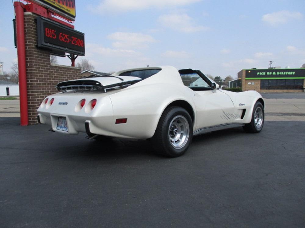 77 Corvette 010.JPG