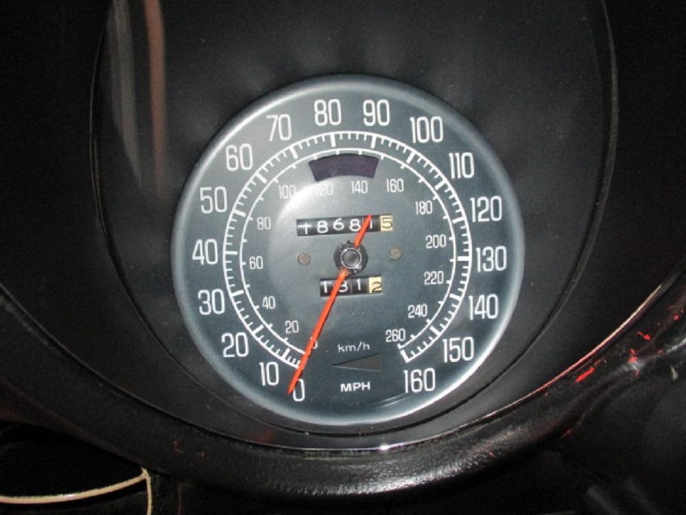 77 Corvette 030.JPG