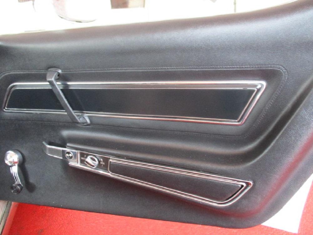77 Corvette 033.JPG