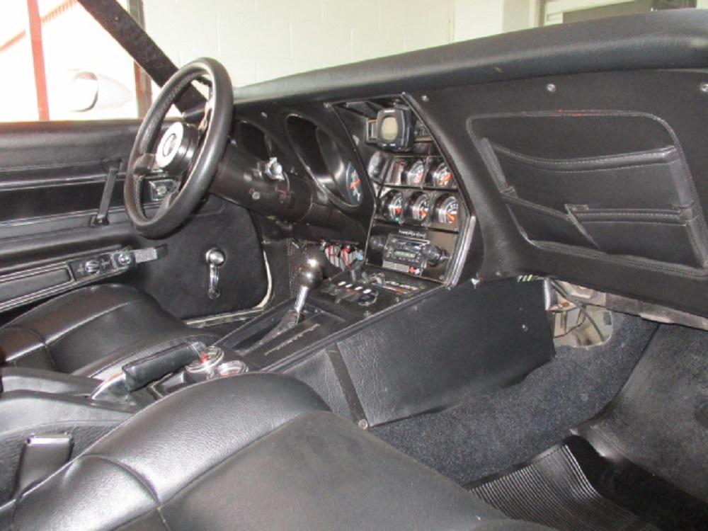 77 Corvette 035.JPG