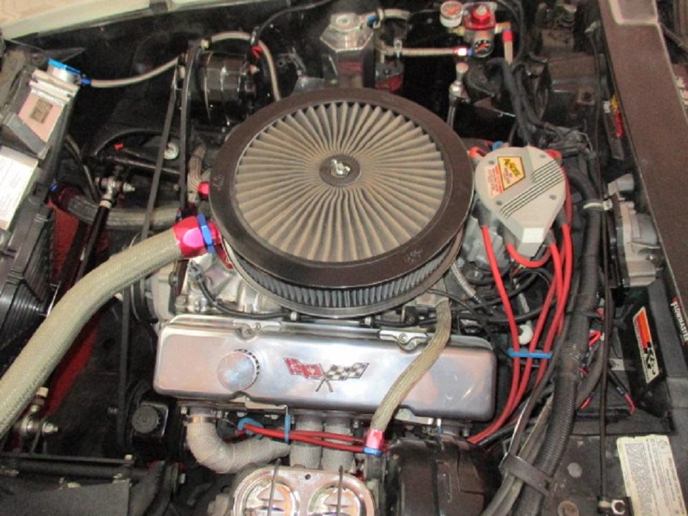 77 Corvette 036.JPG