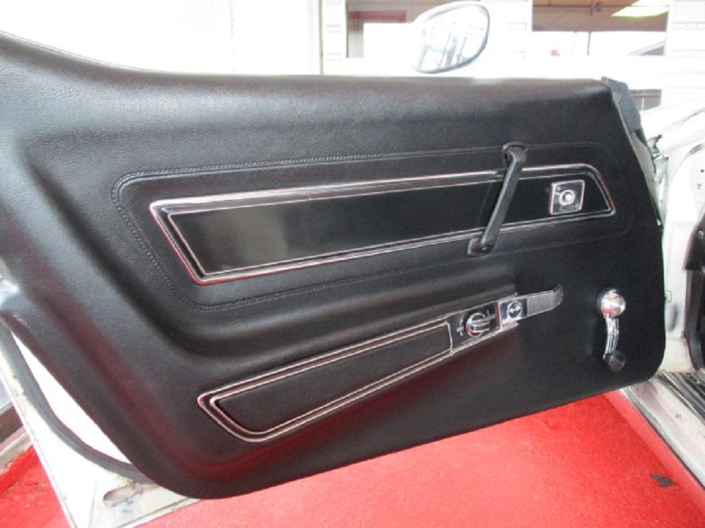 77 Corvette 045.JPG