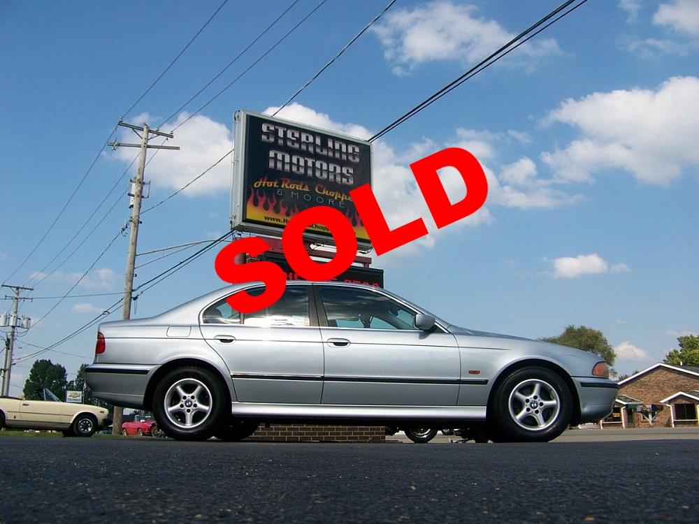 98 BMW 528i 001.jpg