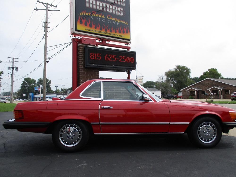 85 Mercedes Convertible 005.JPG