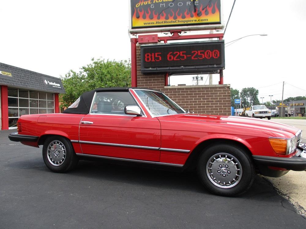 85 Mercedes Convertible 014.JPG