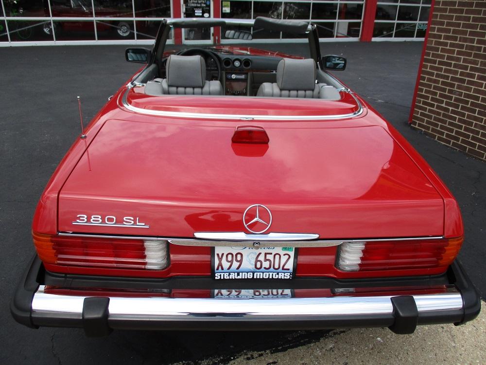 85 Mercedes Convertible 041.JPG
