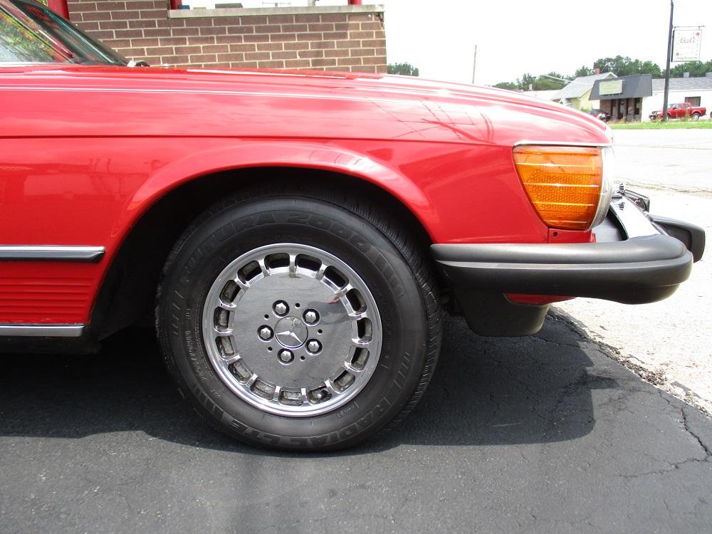 85 Mercedes Convertible 044.JPG